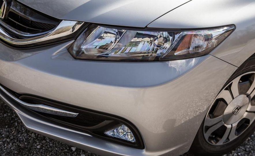 2013 Honda Civic hybrid - Slide 13