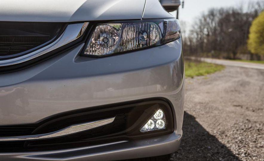 2013 Honda Civic hybrid - Slide 14