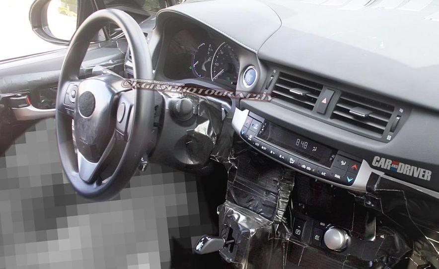 2015 Toyota Prius (spy photo) - Slide 19