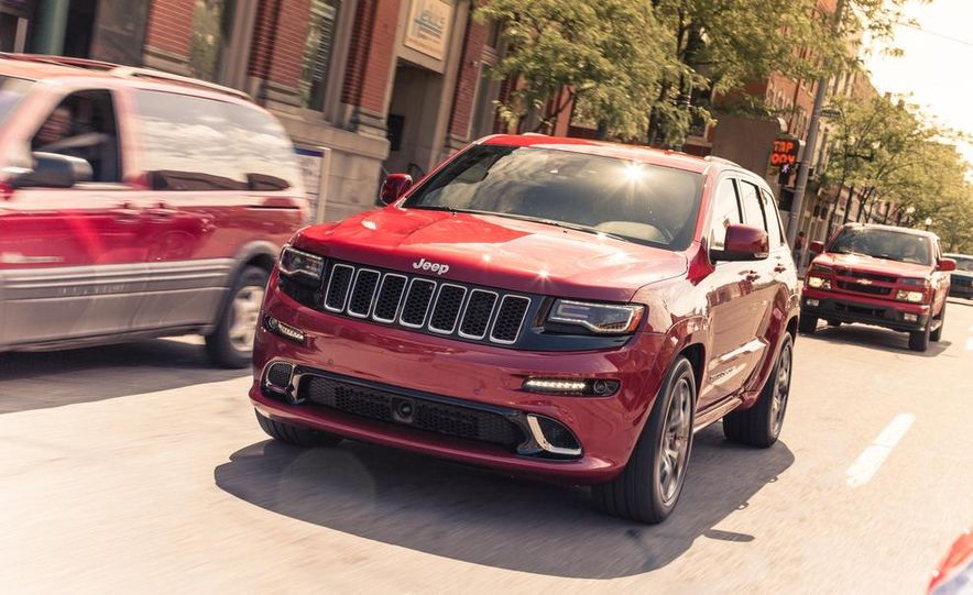 2014 Jeep Grand Cherokee SRT - Slide 4