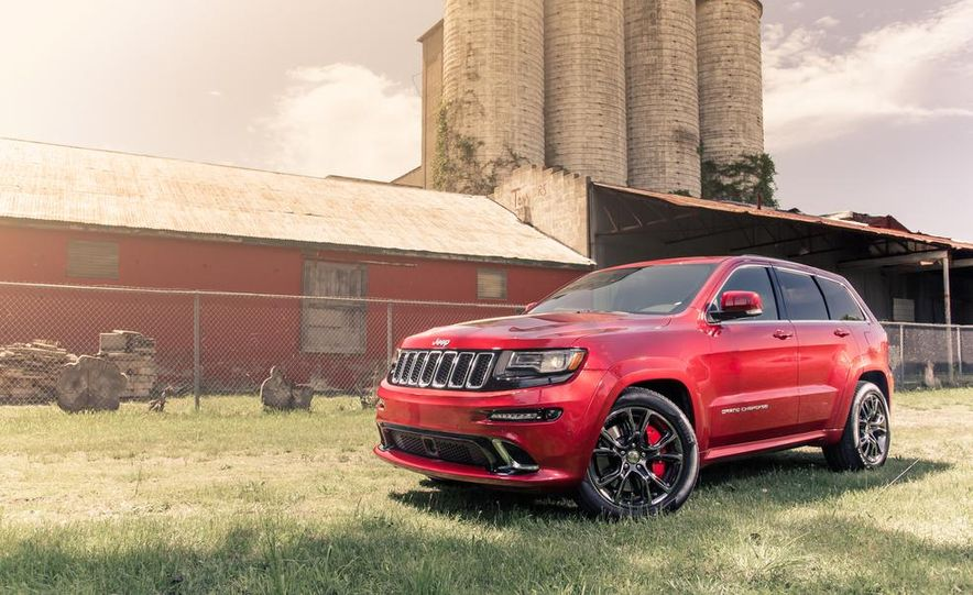 2014 Jeep Grand Cherokee SRT - Slide 7
