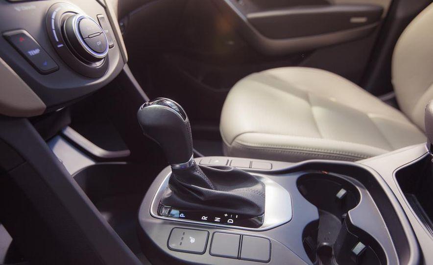 2013 Hyundai Santa Fe Limited AWD - Slide 40