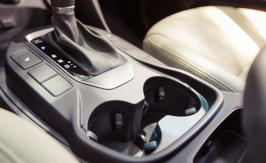 2013 Hyundai Santa Fe Limited AWD - Slide 41