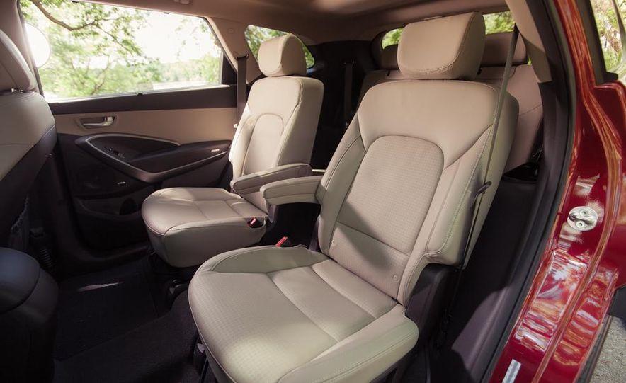 2013 Hyundai Santa Fe Limited AWD - Slide 28