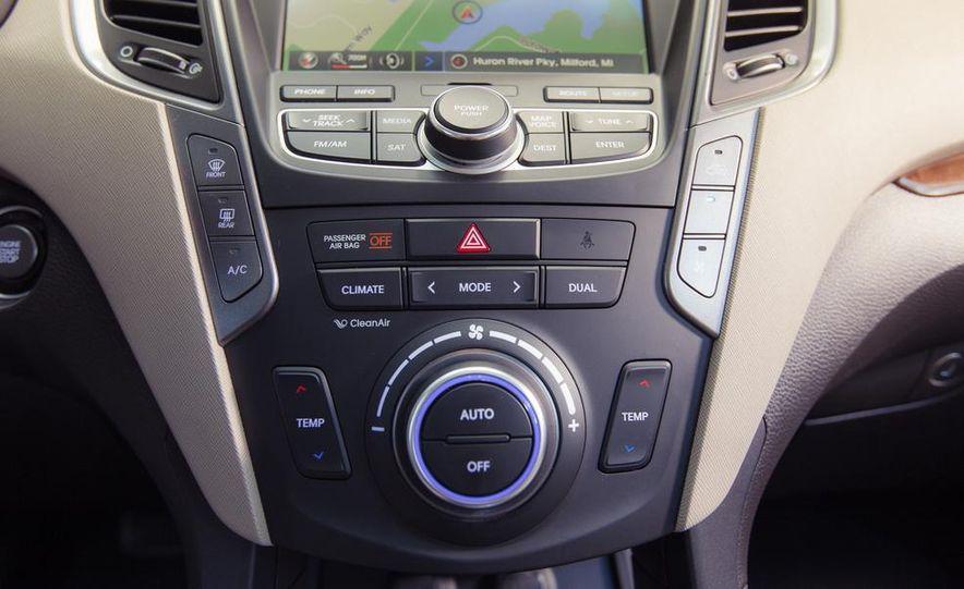 2013 Hyundai Santa Fe Limited AWD - Slide 35