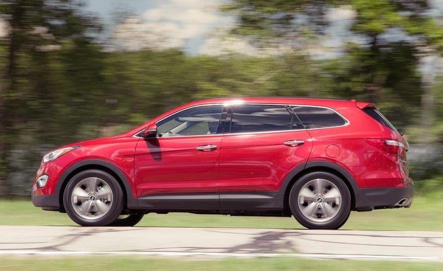 2013 Hyundai Santa Fe Limited AWD - Slide 6