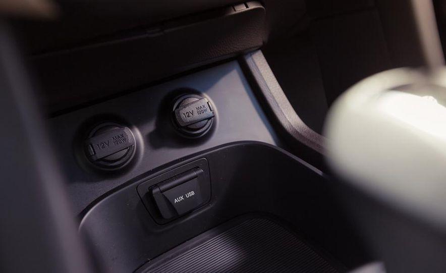 2013 Hyundai Santa Fe Limited AWD - Slide 43