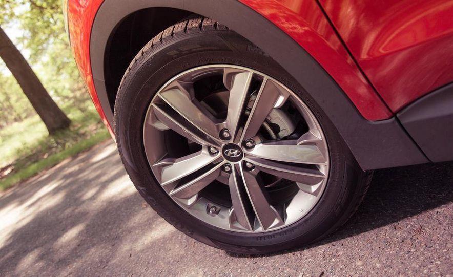 2013 Hyundai Santa Fe Limited AWD - Slide 20