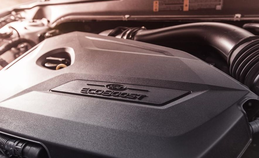 2013 Ford Fusion SE - Slide 30