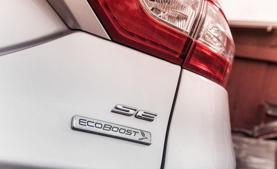2013 Ford Fusion SE - Slide 14