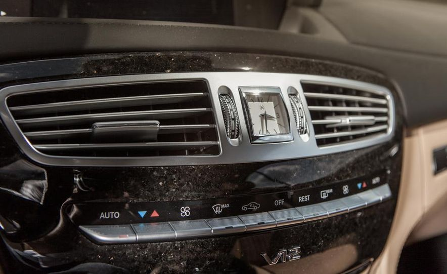 2013 Mercedes-Benz CL600 - Slide 22
