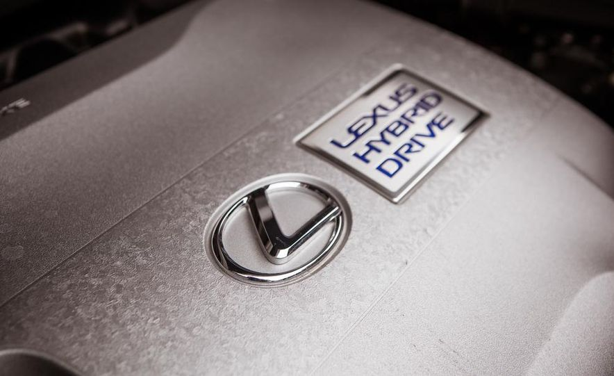 2013 Lexus RX450h - Slide 46