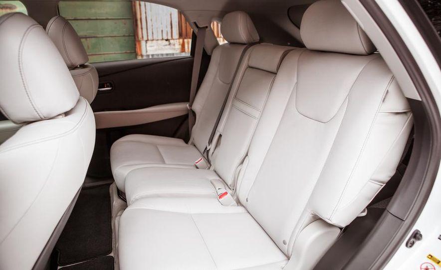 2013 Lexus RX450h - Slide 34