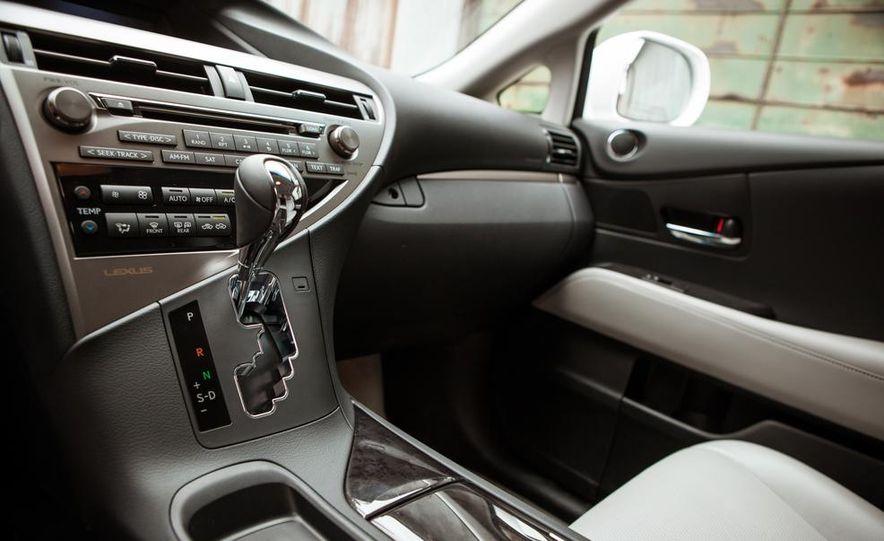 2013 Lexus RX450h - Slide 36