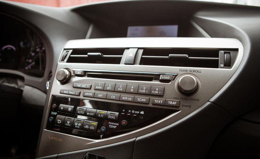 2013 Lexus RX450h - Slide 42