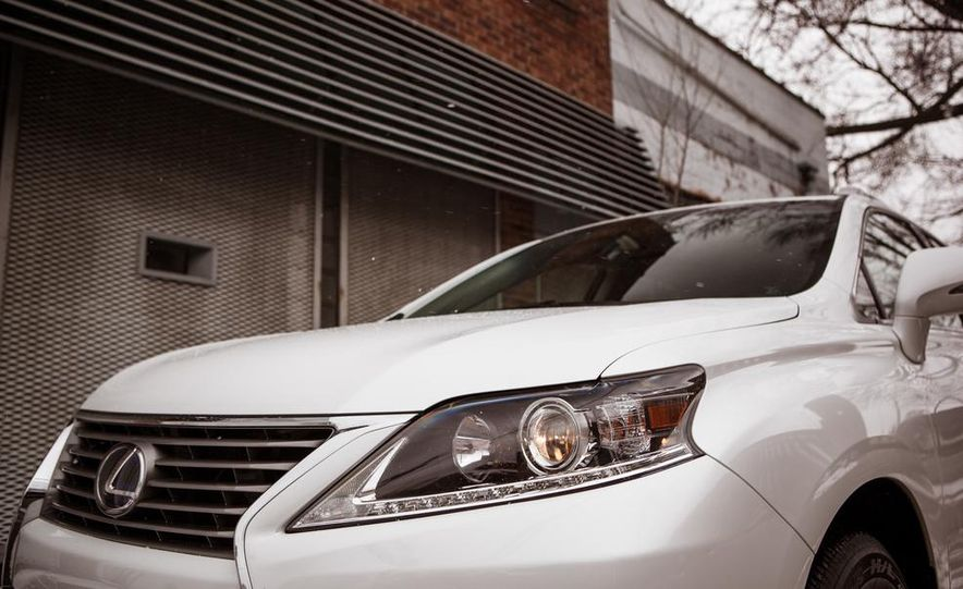2013 Lexus RX450h - Slide 21