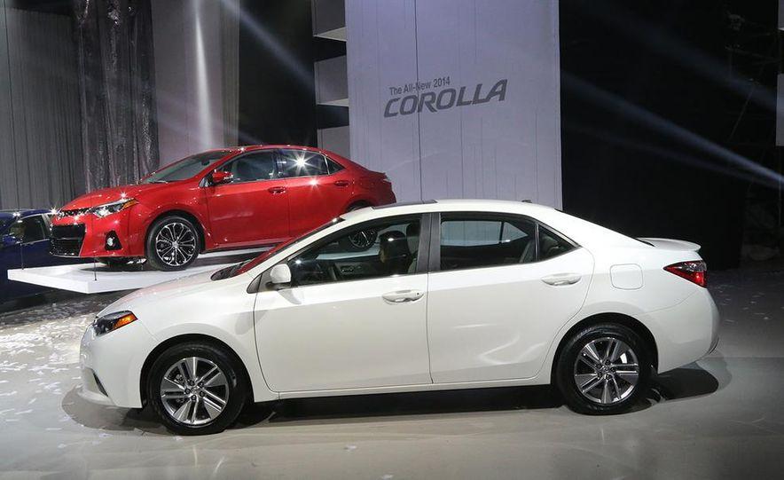 2014 Toyota Corolla - Slide 2
