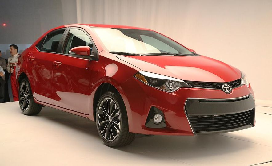 2014 Toyota Corolla - Slide 9