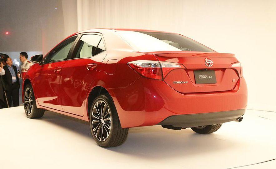 2014 Toyota Corolla - Slide 10