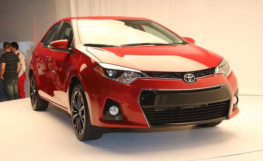 2014 Toyota Corolla - Slide 13