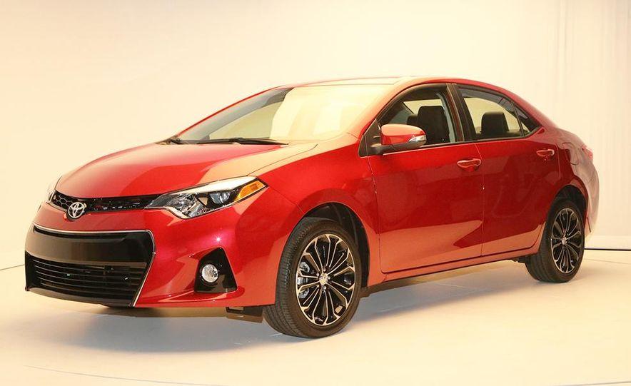 2014 Toyota Corolla - Slide 19
