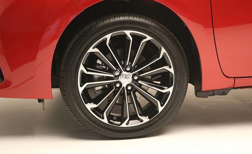 2014 Toyota Corolla - Slide 23