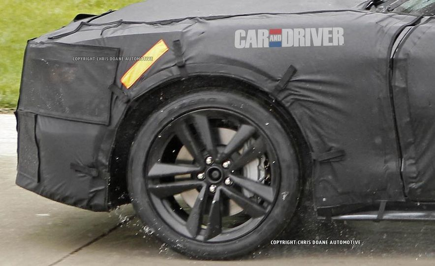 2015 Ford Mustang (spy photo) - Slide 38