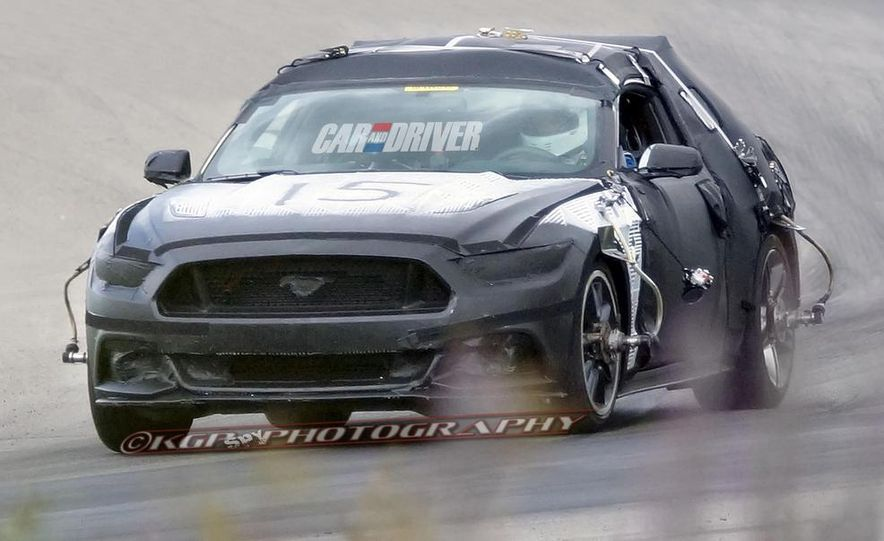 2015 Ford Mustang (spy photo) - Slide 1