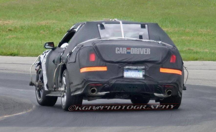 2015 Ford Mustang (spy photo) - Slide 10