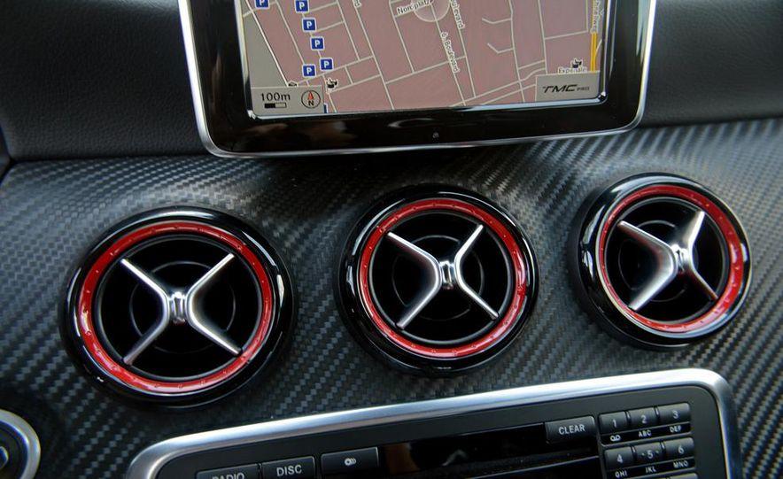 2014 Mercedes-Benz CLA45 AMG 4MATIC - Slide 40
