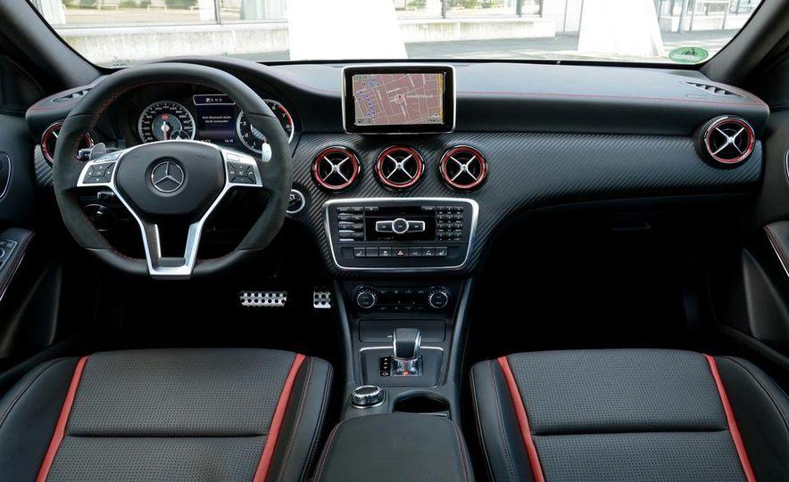 2014 Mercedes-Benz CLA45 AMG 4MATIC - Slide 38