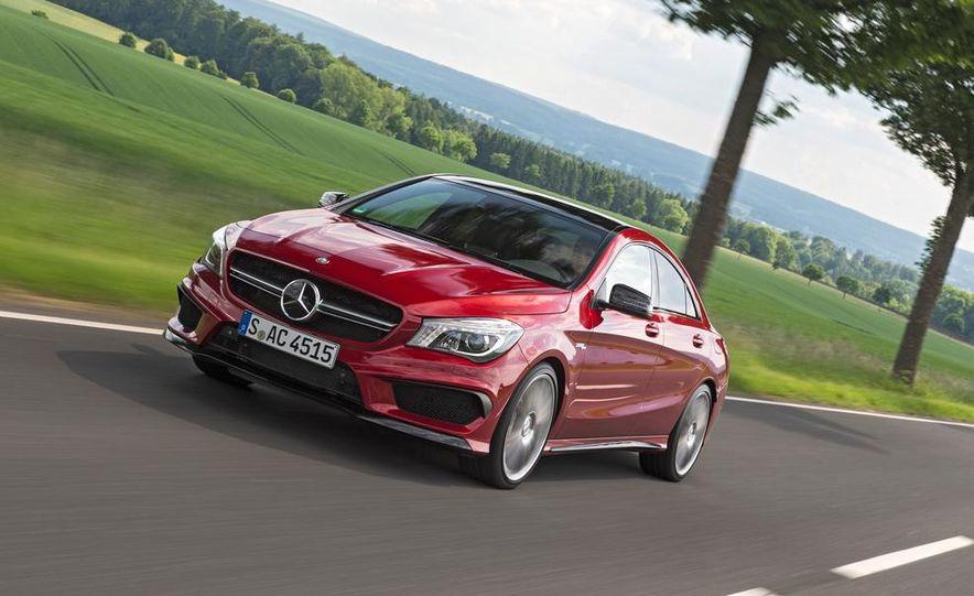2014 Mercedes-Benz CLA45 AMG 4MATIC - Slide 3