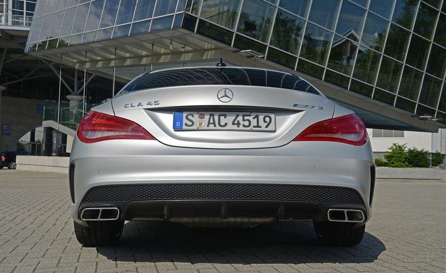 2014 Mercedes-Benz CLA45 AMG 4MATIC - Slide 34