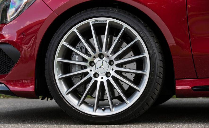 2014 Mercedes-Benz CLA45 AMG 4MATIC - Slide 18