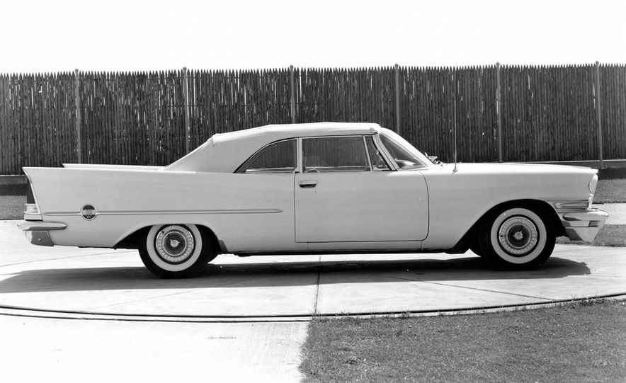 1957 Chrysler 300C - Slide 4