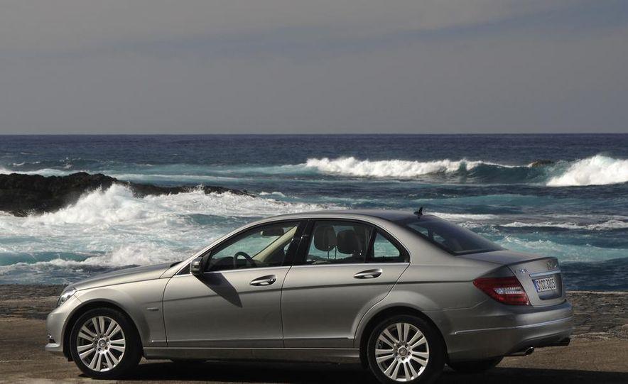 2015 Mercedes-Benz C-class sedan (spy photo) - Slide 55