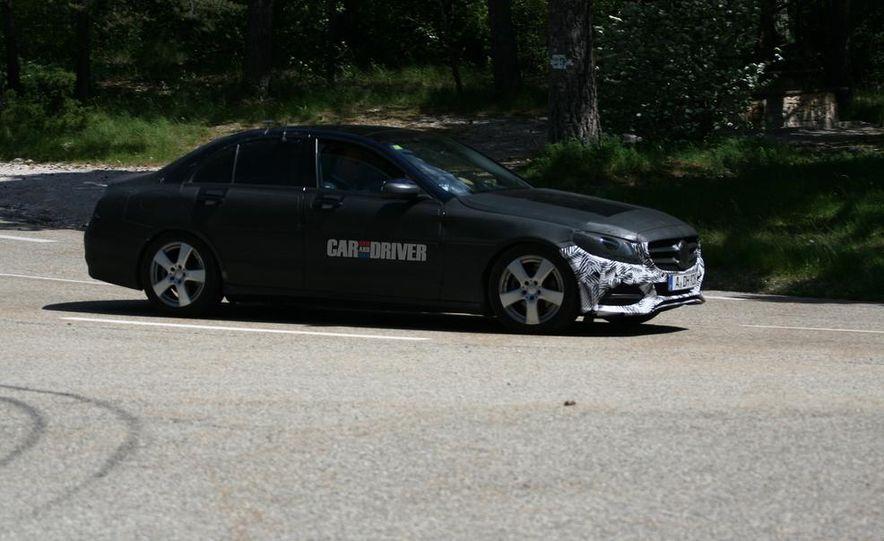 2015 Mercedes-Benz C-class sedan (spy photo) - Slide 5