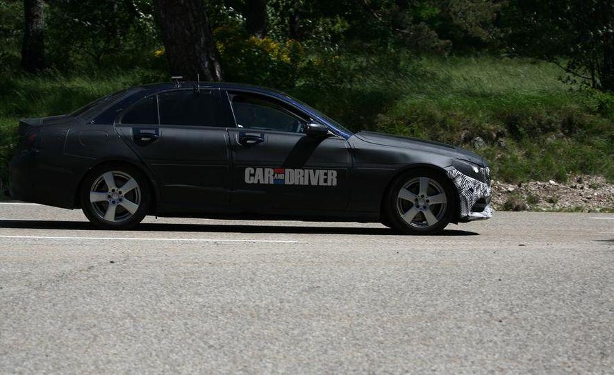 2015 Mercedes-Benz C-class sedan (spy photo) - Slide 6