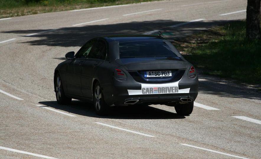 2015 Mercedes-Benz C-class sedan (spy photo) - Slide 7