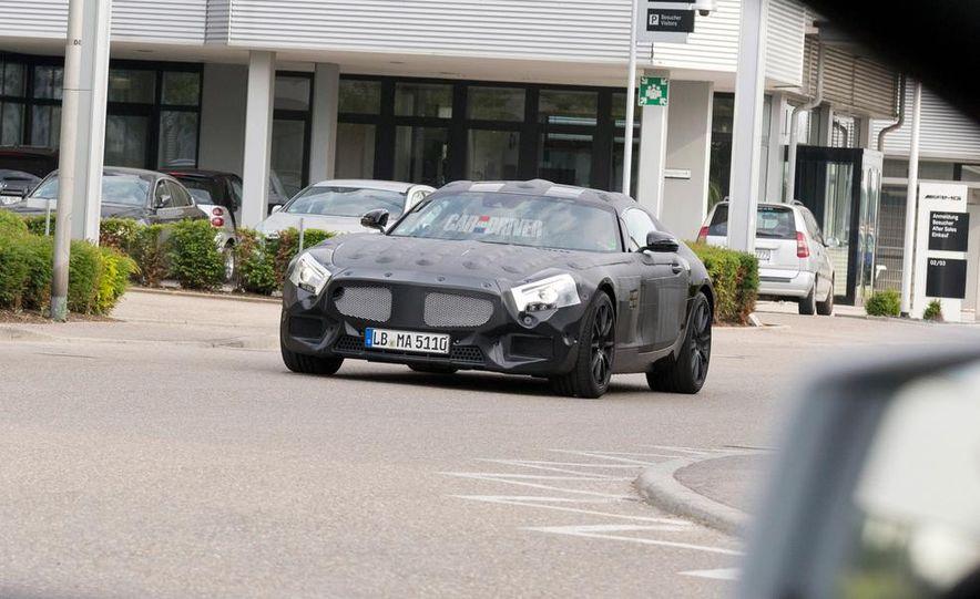 2016 Mercedes-Benz AMG C190 (spy photo) - Slide 4
