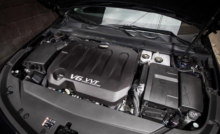 2013 Chrysler 300S - Slide 84