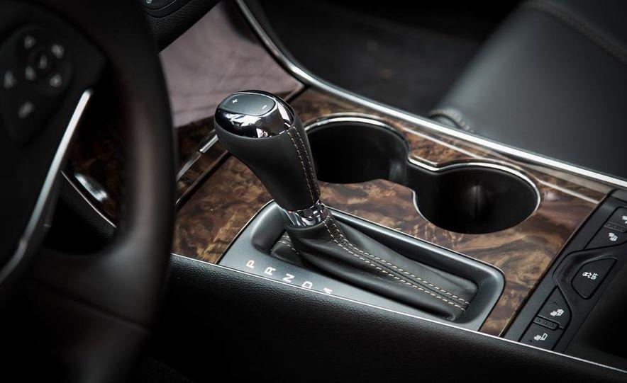 2013 Chrysler 300S - Slide 79