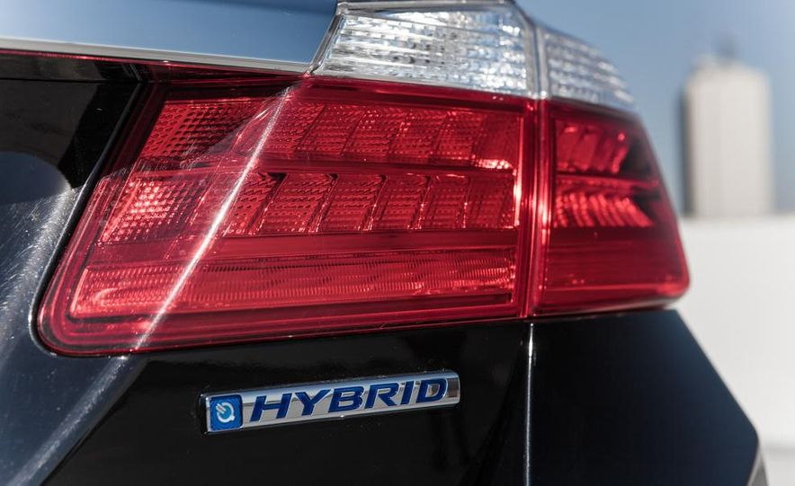 2014 Honda Accord hybrid - Slide 22