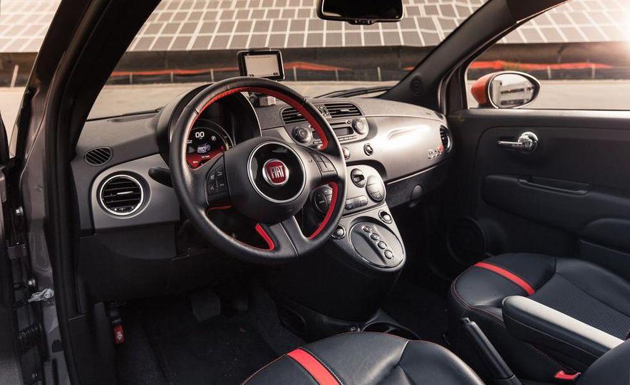 2013 Fiat 500e - Slide 19