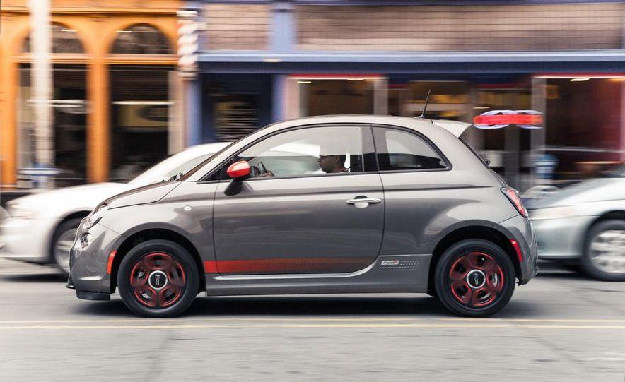 2013 Fiat 500e - Slide 3