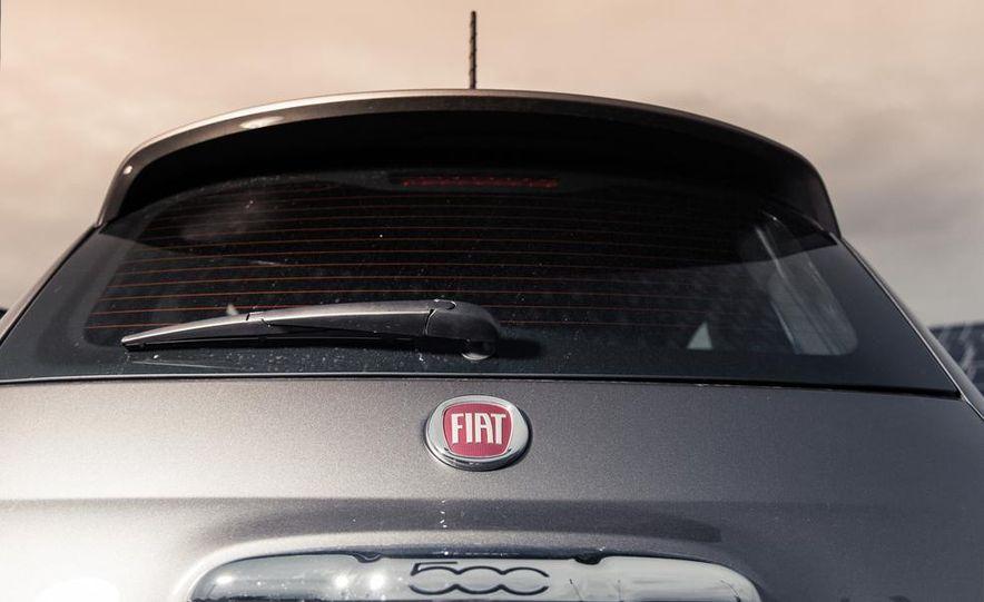 2013 Fiat 500e - Slide 17