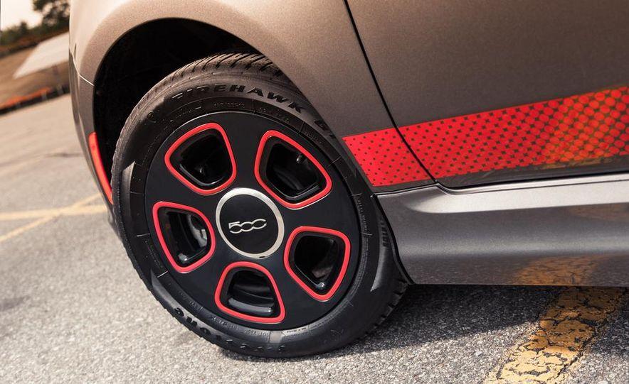 2013 Fiat 500e - Slide 13
