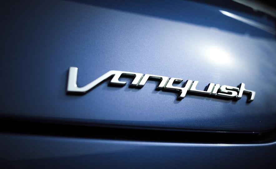 2014 Aston Martin Vanquish - Slide 32