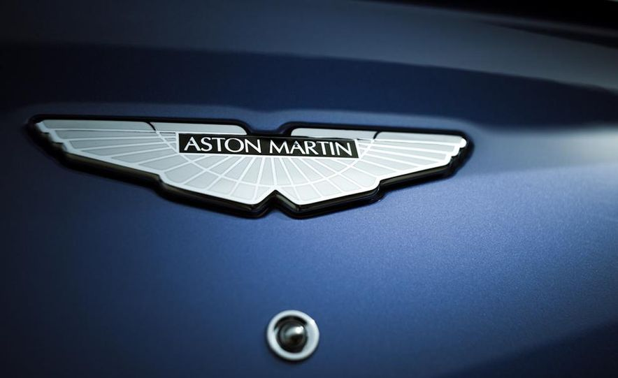 2014 Aston Martin Vanquish - Slide 33