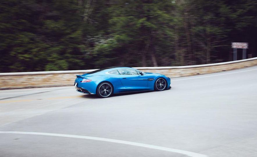 2014 Aston Martin Vanquish - Slide 6